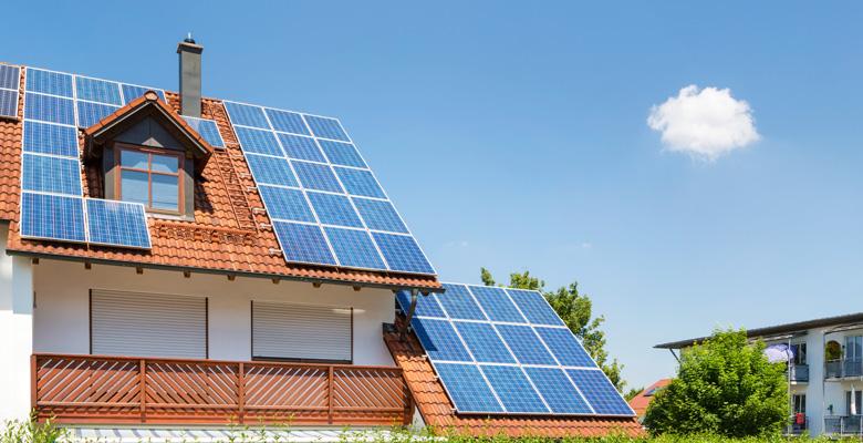 schwaerzler_Flatbox_Solar